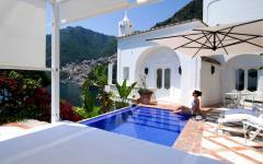 villa treville avec vue panoramique sur la mer positano