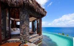 infinity pool villa Laucala resort