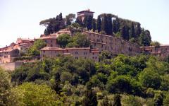 Villa de luxe au cœur du village toscane Cetona