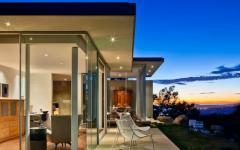 maison moderne en verre