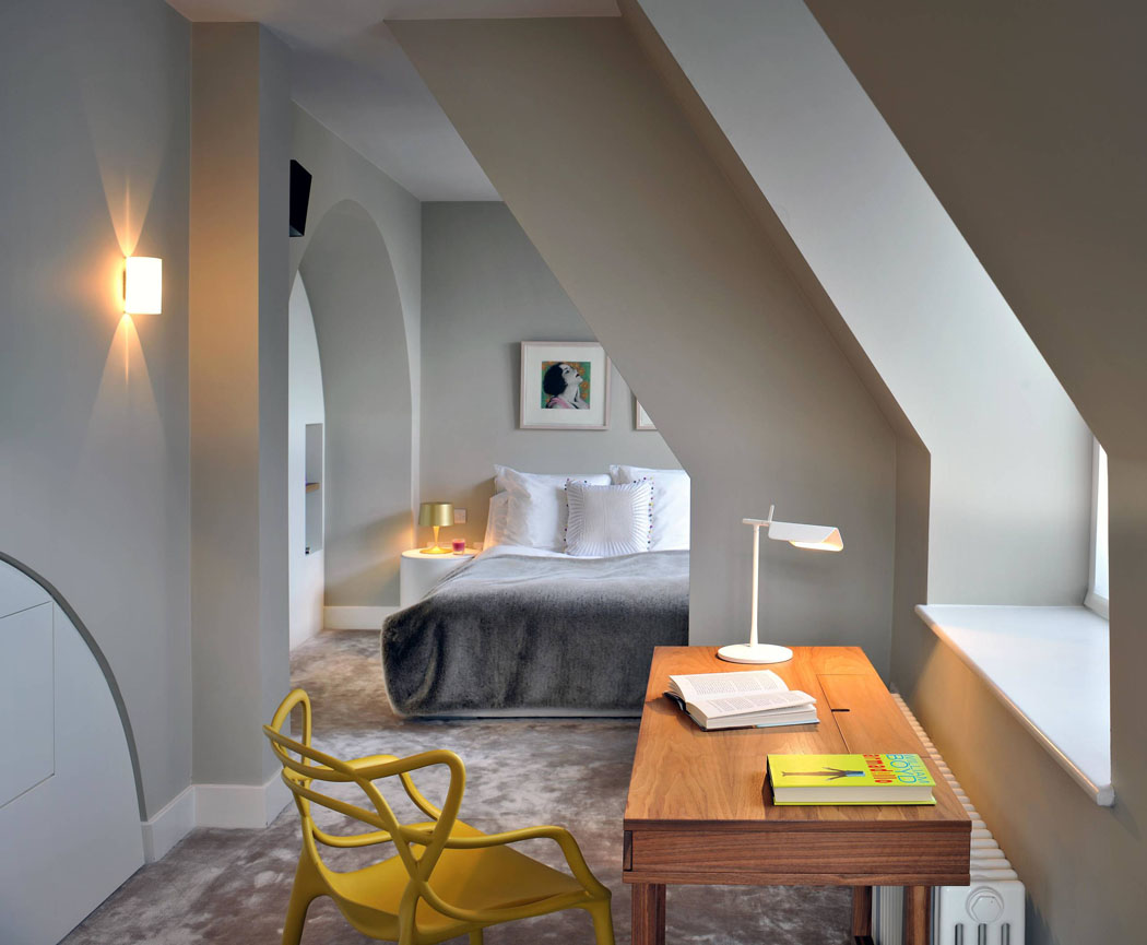 Au premier niveau se trouvent deux spacieuses et agréables chambres ...