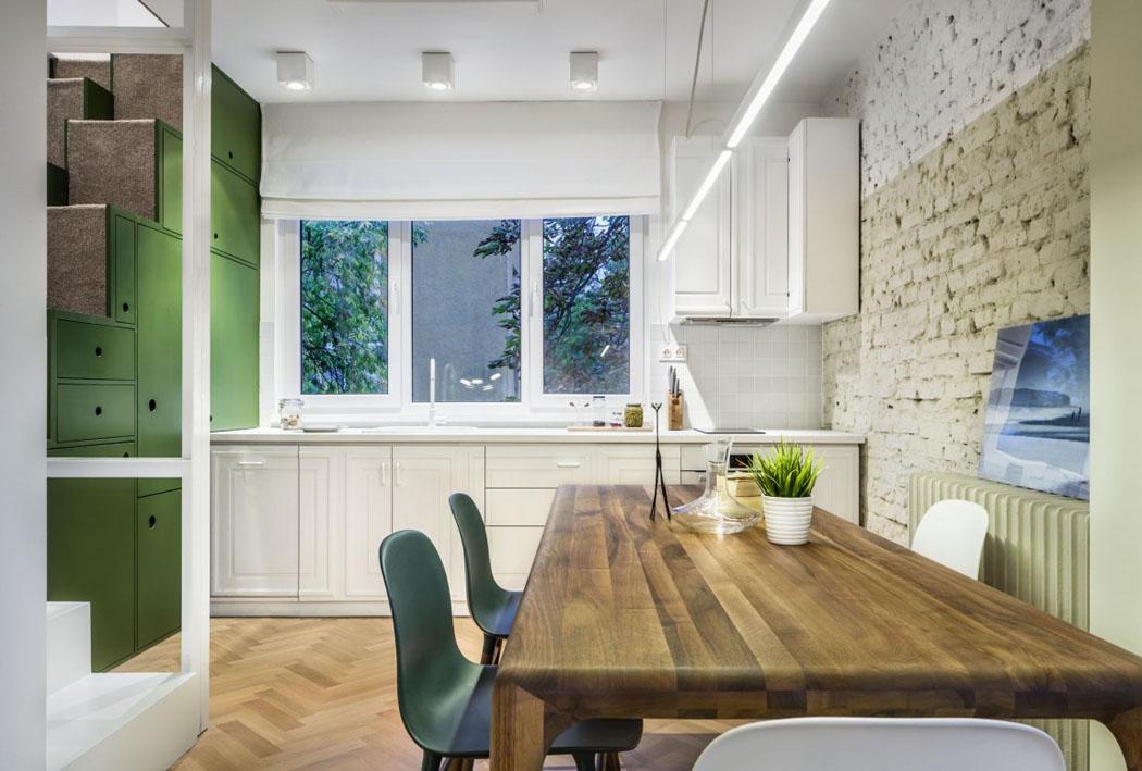 Appartement de ville en bulgarie au design int rieur frais - Bar pour separer cuisine salon ...