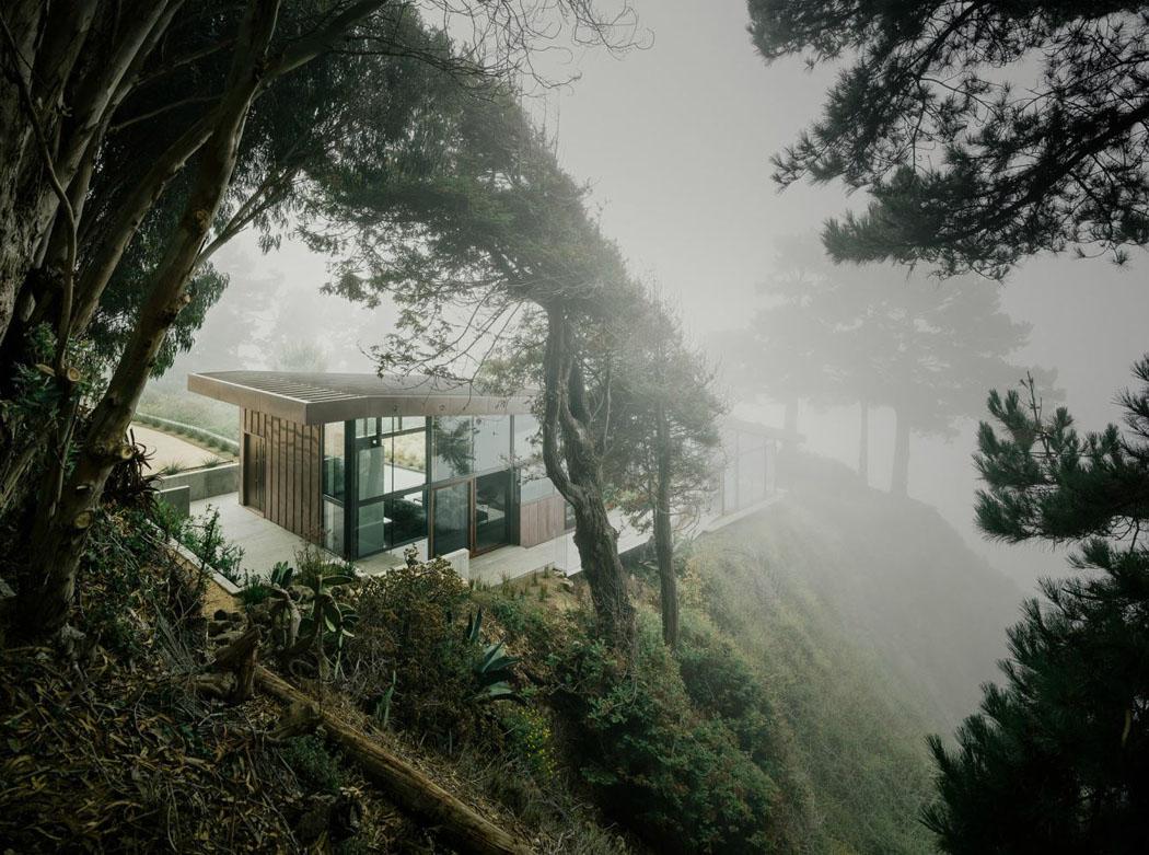 maison moderne sur terrain en pente agrandir maison sur terrain pentu recherche google. Black Bedroom Furniture Sets. Home Design Ideas