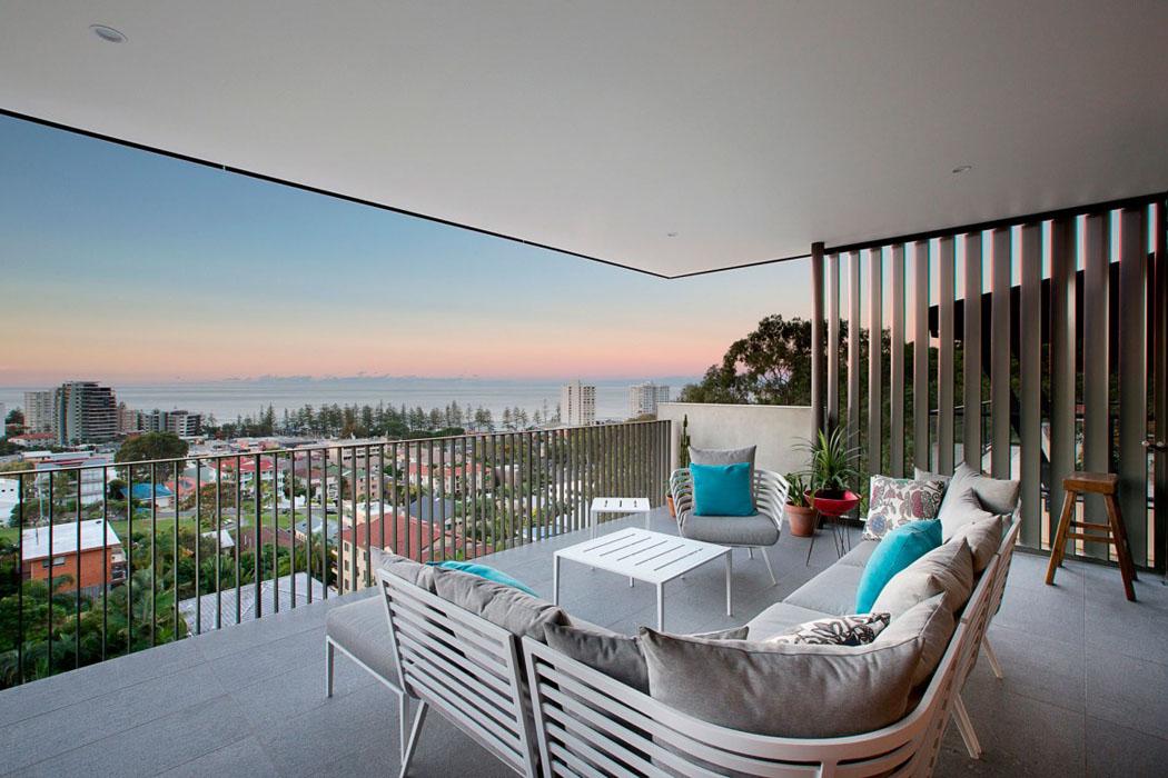 Jolie maison r nov e avec belle vue sur la ville - Maison en australie avec vue magnifique sur locean ...