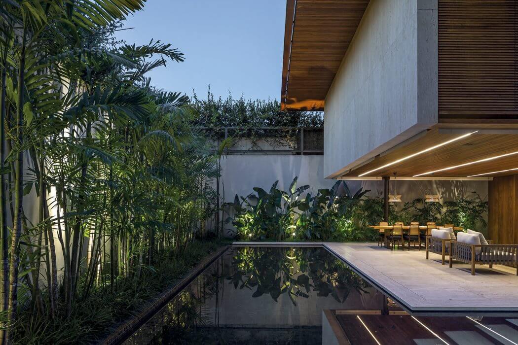 Une belle maison familiale et citadine dans les quartiers - La demeure moderne gb house par mmeb architects ...