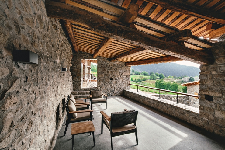 Demeure de charme totalement r nov e en espagne vivons maison - Demeure de charme dom architecture ...