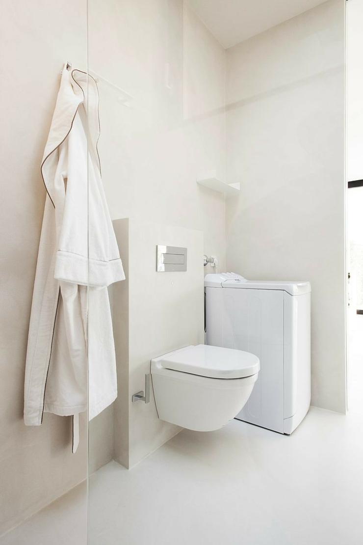 Interieur maison moderne toilette for Interieur machine a laver