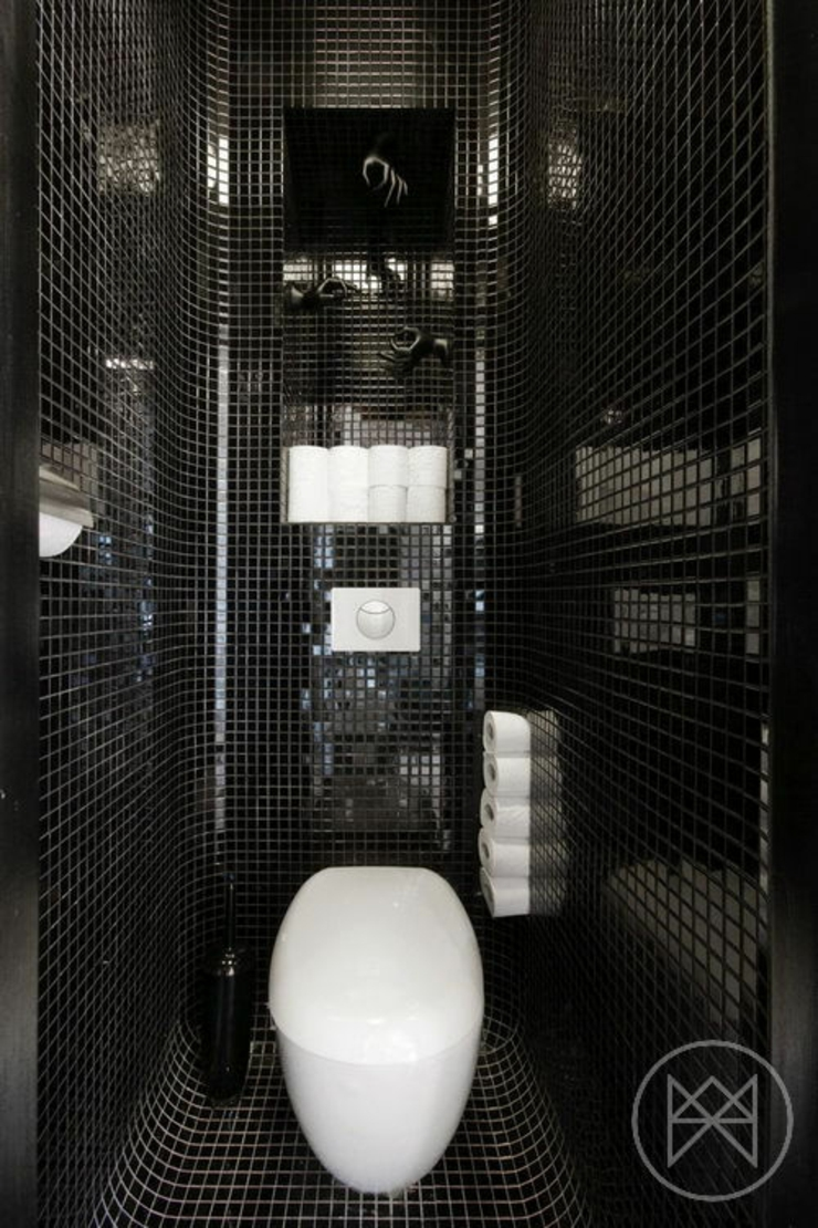 Appartement moderne aux couleurs prononc es varsovie for Toilettes design maison