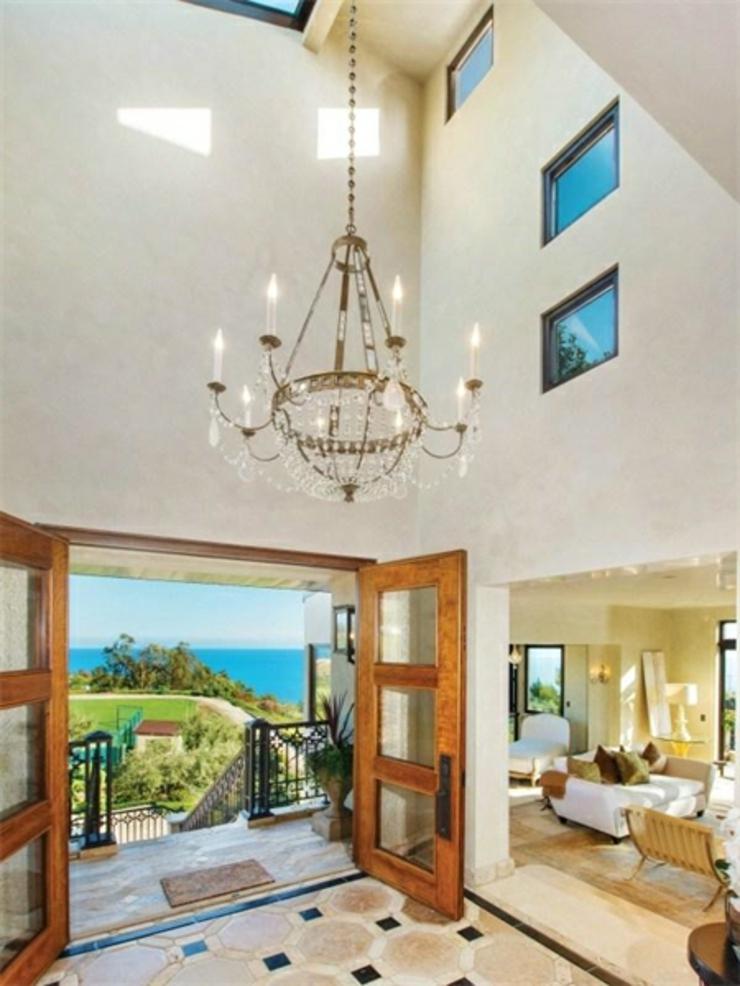 Propri t de prestige malibu avec vue panoramique sur l - Magnifique maison renovee eclectique coloree sydney ...