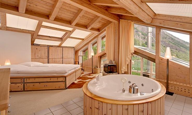 ce chalet julien heinz zermatt une location de vacances unique vivons maison. Black Bedroom Furniture Sets. Home Design Ideas