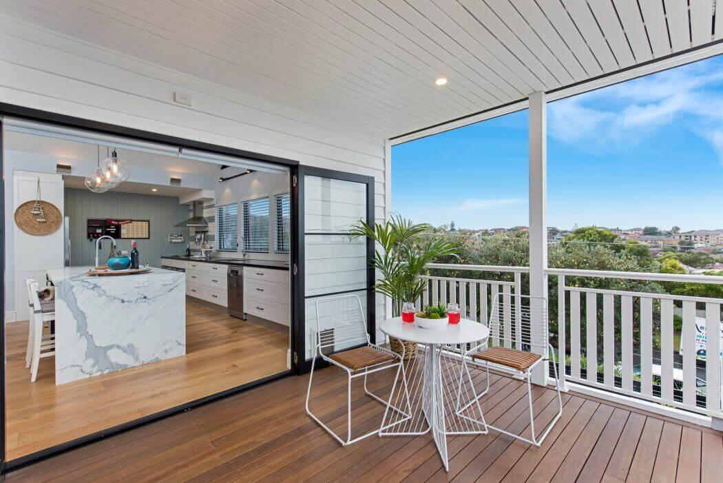 une extension moderne transforme totalement l aspect de ce bungalow datant d entre deux guerres. Black Bedroom Furniture Sets. Home Design Ideas