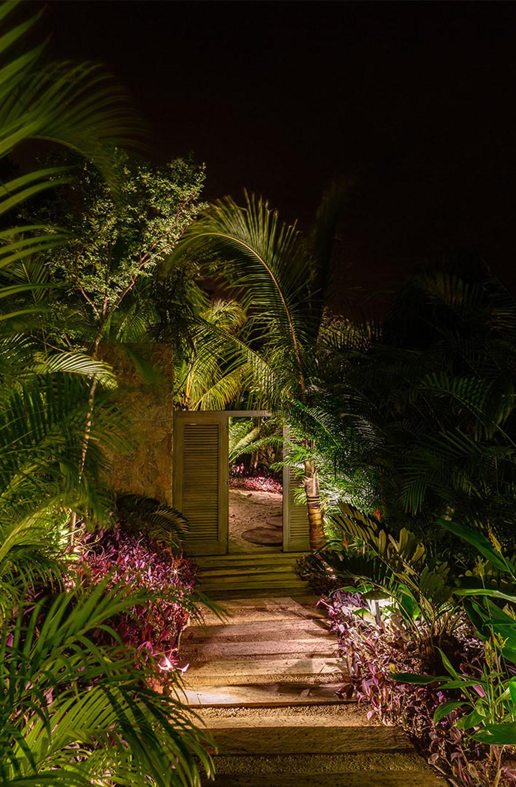 Belle maison secondaire au design exotique sur la c te - Residence de vacances cotiere coronado ...