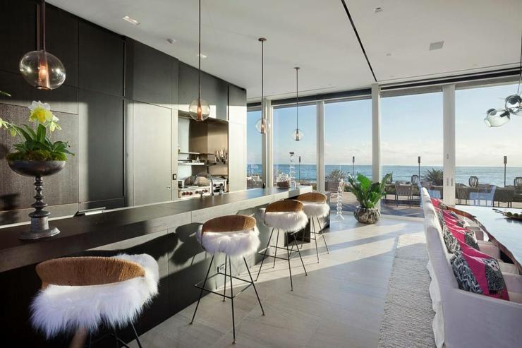 Villa de r ve avec magnifique vue sur la mer en floride for Salle a manger de reve