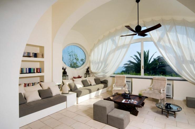Sublime villa de r ve avec vue sur la mer ercolano for Interieur chic petion ville