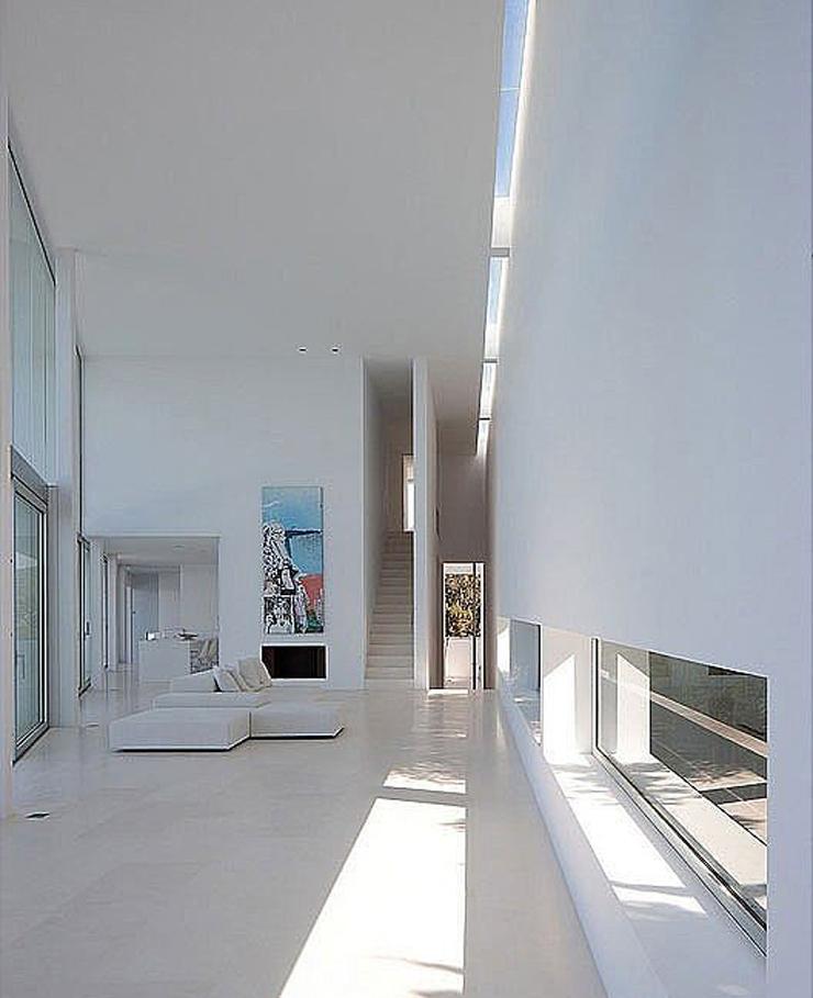 Villa de luxe infinity la beaut en blanc immacul vivons maison - Interieur minimaliste villa de vacances block ...